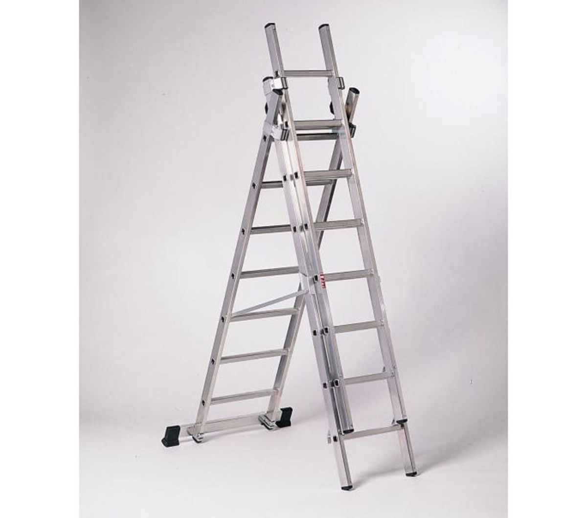 TITAN 3-WAY ALUMINIUM LADDER
